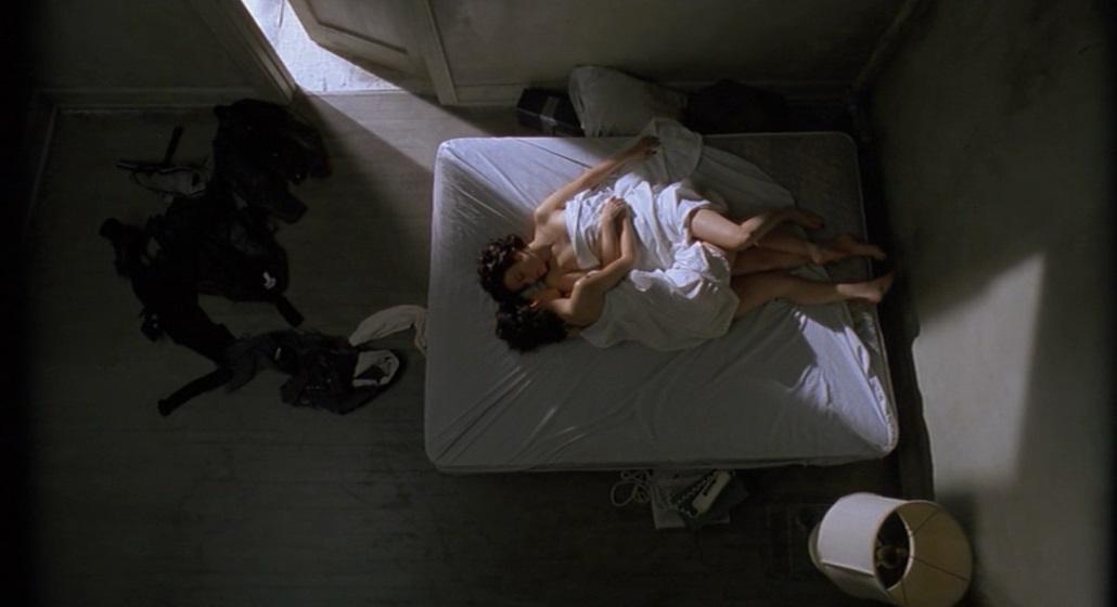 فيلم Bound 1996 مترجم (للكبار فقط)