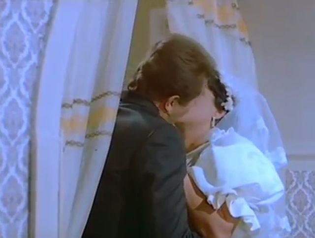 فيلم الشقة من حق الزوجة 1985 HD DVD اون لاين