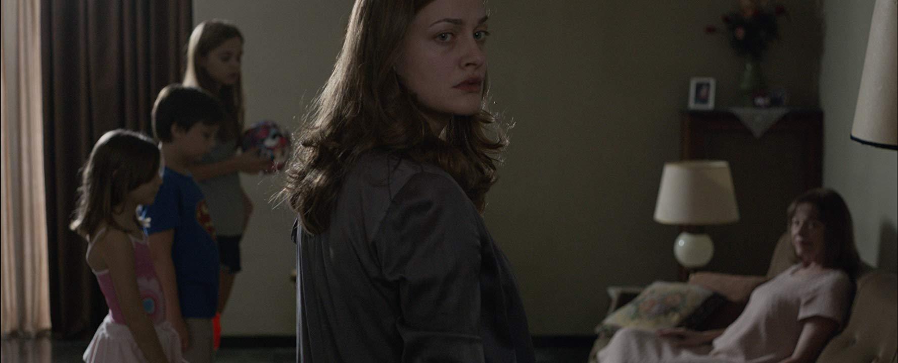 فيلم Miss Violence 2013 مترجم (للكبار فقط)