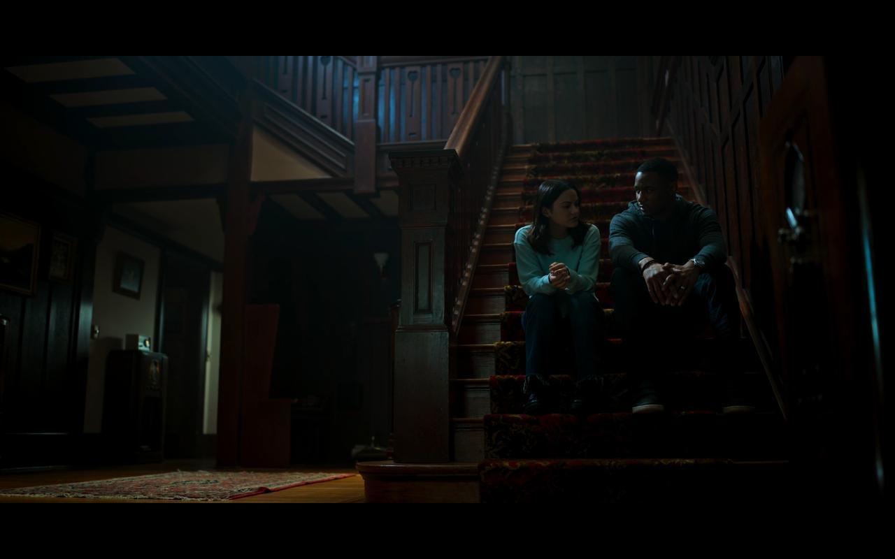 مشاهدة فيلم Dangerous Lies (2020) مترجم HD اون لاين