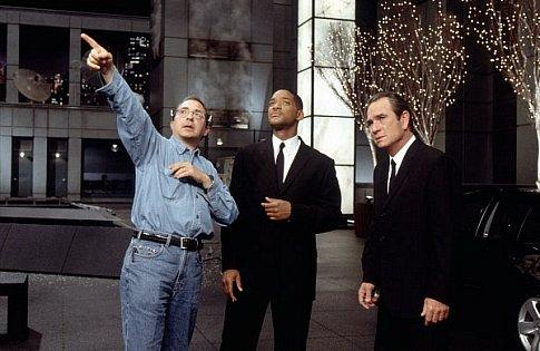 فيلم Men In Black II 2002 مترجم